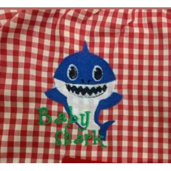 mandilón baby shark