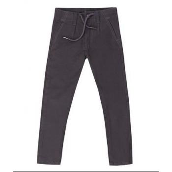 pantalón gris básico